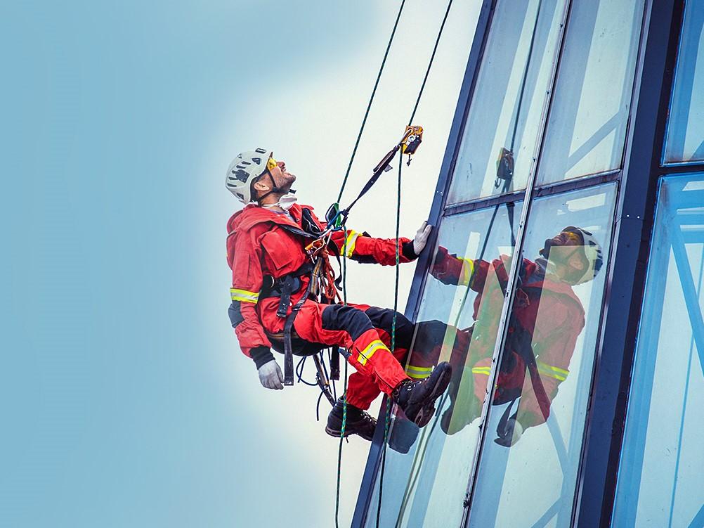 Правила охраны труда при работе на высоте с использованием средств подмащивания